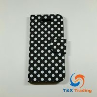 Apple iPhone 5G / 5S / SE - Book Style Wallet Case with Dots