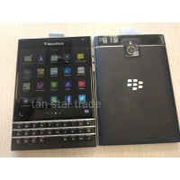 Blackberry Passport Q30 (unlocked, good condition)